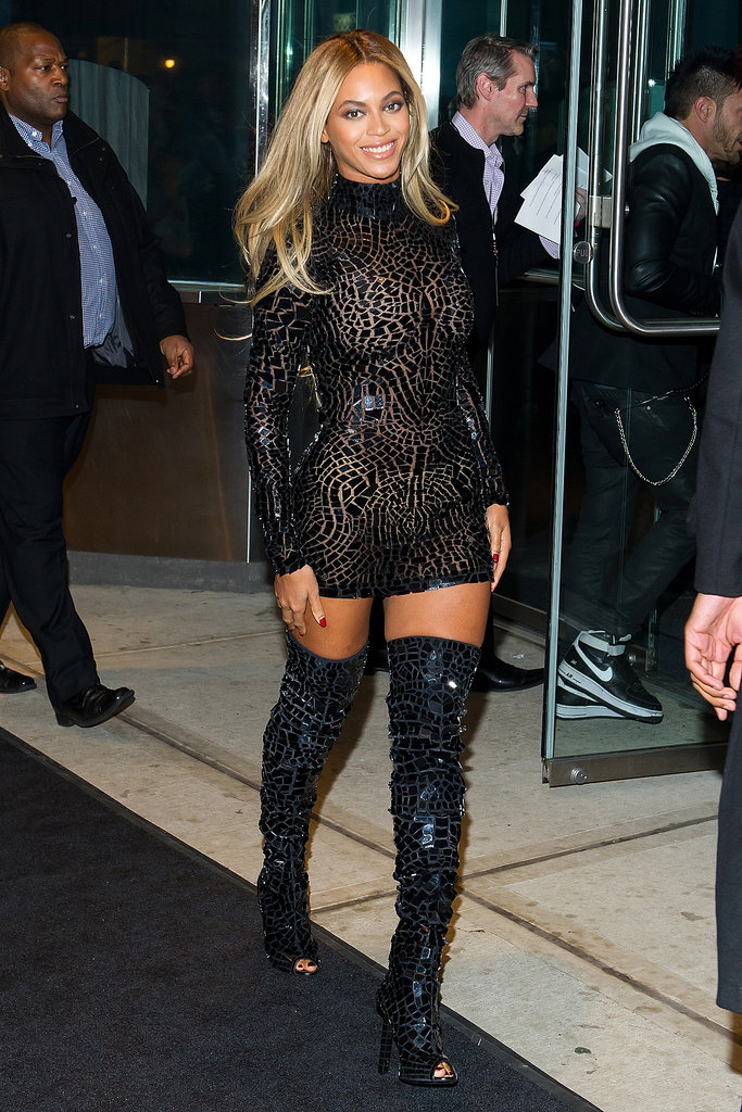 Beyoncé wore an all-black outfit.