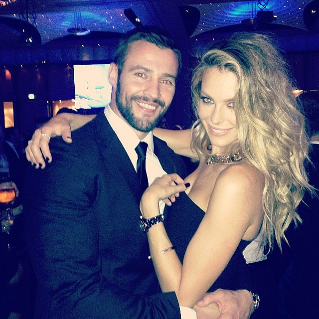 Volume, anyone? Jen worked her mane at a Myer party with Kris Smith in November. Source: Instagram user jenhawkins_