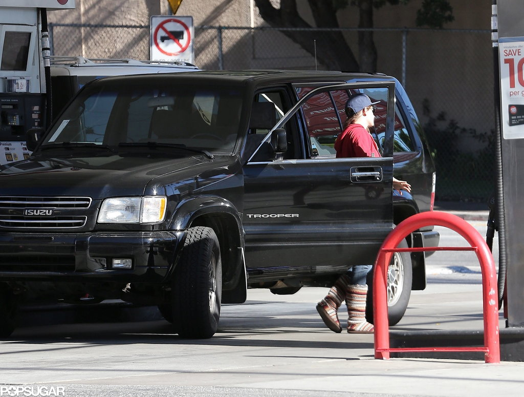 Kristen Stewart made her way to the pump.