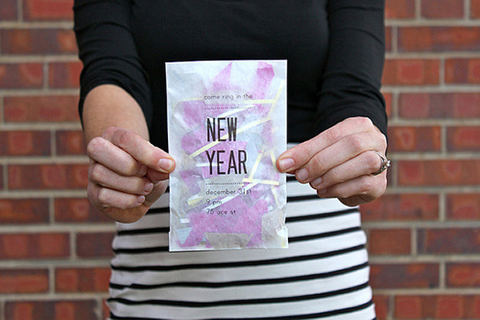A cool DIY invitation filled with confetti will wow your guests and get them in the New Year spirit. Photo by You Are My Fave