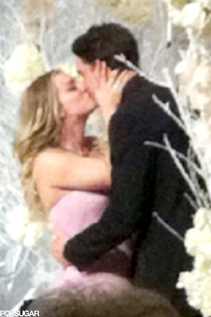 Kaley and Ryan shared a romantic kiss after saying their vows.