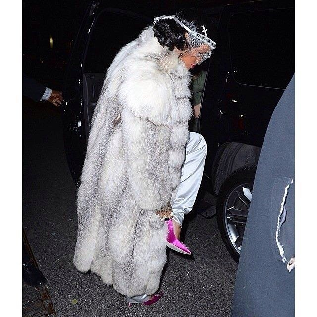 While going from her place to the party, Rihanna donned an incredible lace headpiece from Silver Spoon Attire.  Source: Instagram user badgalriri