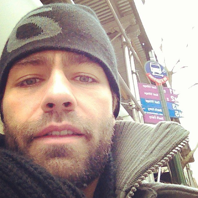 Adrian Grenier braved the cold while taking public transportation. Source: Instagram user adriangrenier