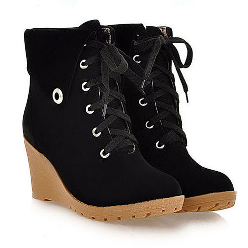 ]Leisure Sweet Solid Color Lace-up Flap Wedge Booties