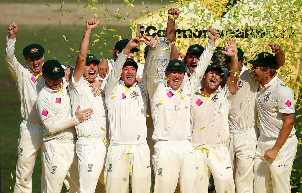 Michael Clarke lifted the urn.