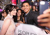Ashley Rickards got in on the selfie game at the People's Choice Awards.