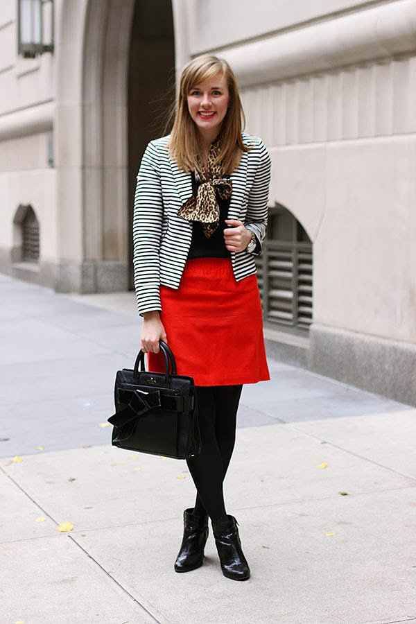Congrats, Right Shoes Blog! The only thing that could make your outfit more adorable is that bow bag!