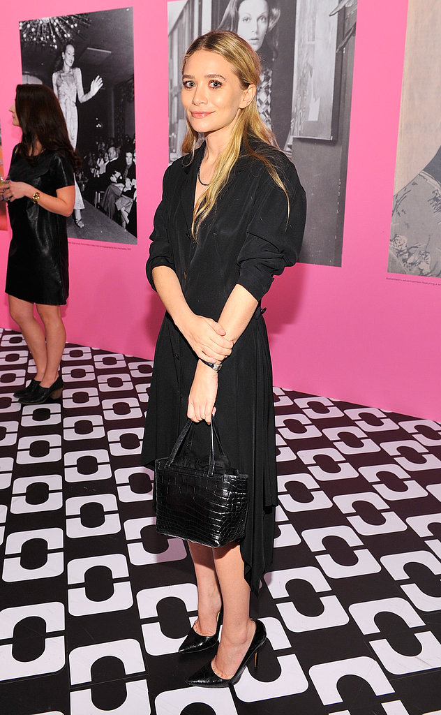 Ashley Olsen was also on hand, picking an elbow-length black dress that she accessorized with a matching bag and heels.
