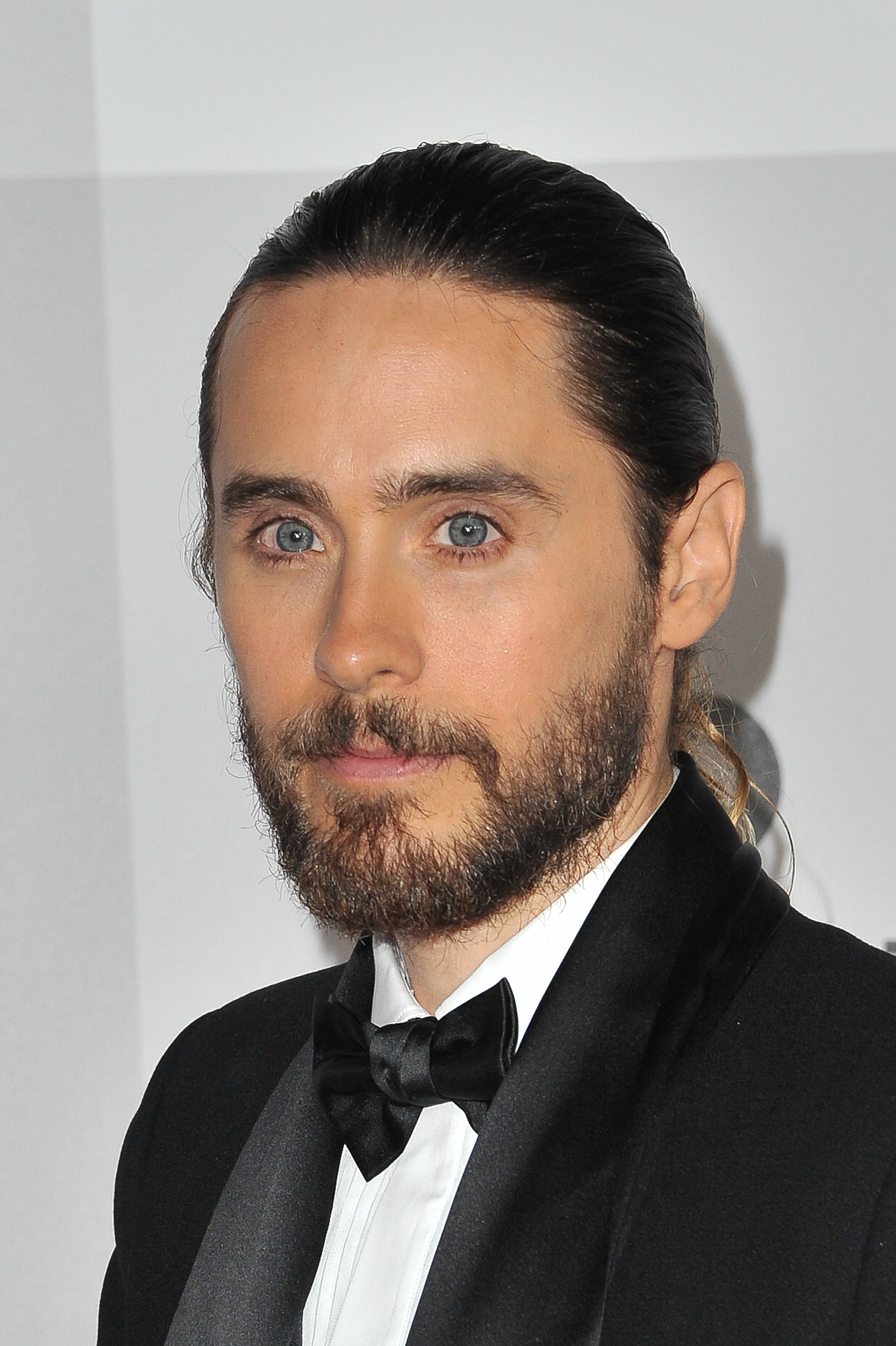 Jared Leto's Hair in a Ponytail at Golden Globes 2014 ... Jared Leto