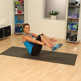One-Minute Fitness Challenge Video: Stomach Crunches