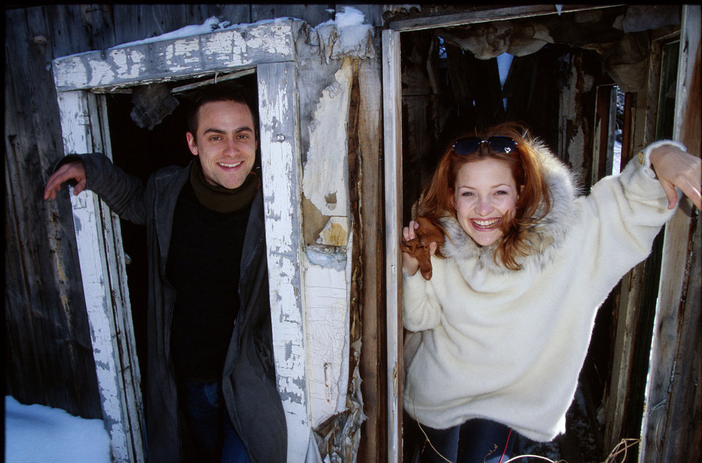 Kate Hudson and Stuart Townsend looked cute in the snow together in 2002.