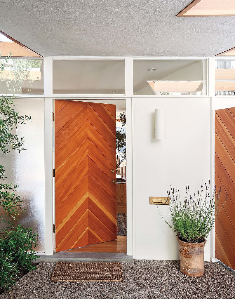 Knock, Knock: 18 Envy-Inducing Entrances