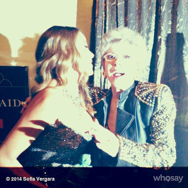 "Sofia Vergara shared a picture with her ""idol,"" Rita Moreno. Source: Instagram user sofiavergara"