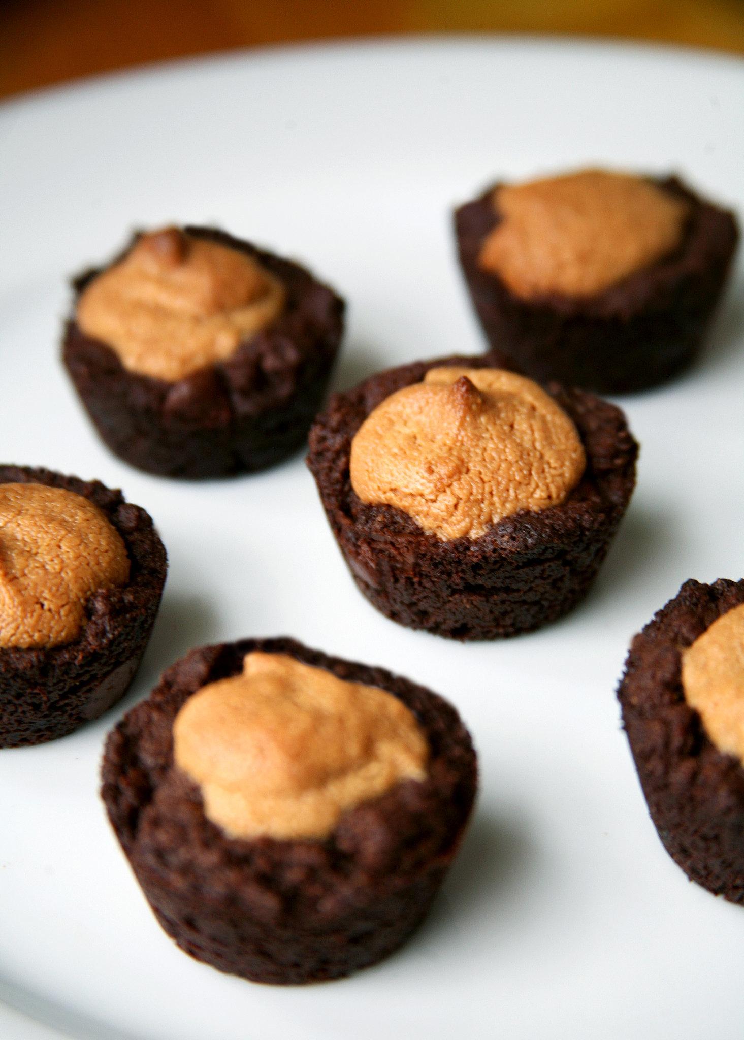 Healthy dessert recipes vegan peanut butter brownies for Dessert recipes using peanut butter