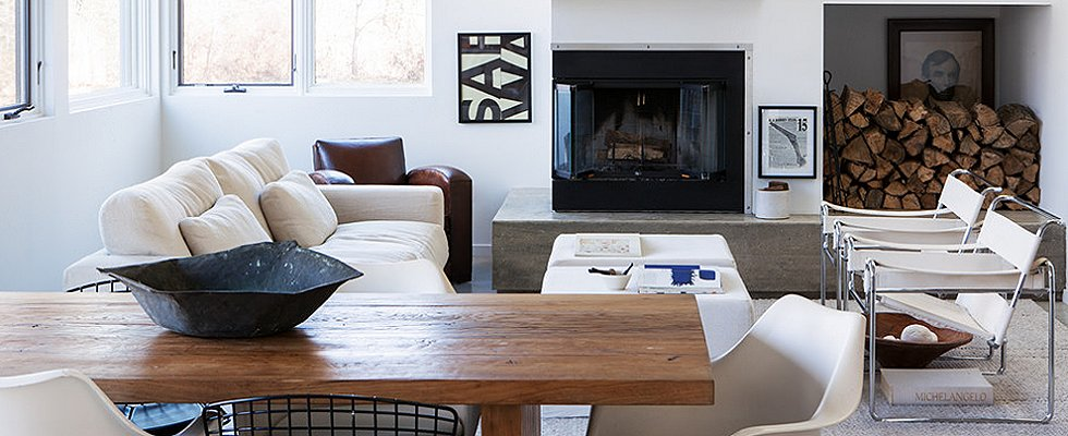 House Tour: A Black, White, and Beautiful NY Pad