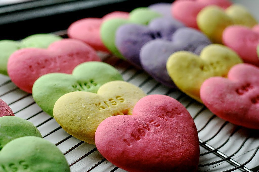 16 Sweet, Simple Valentine's Day Treats For Kids