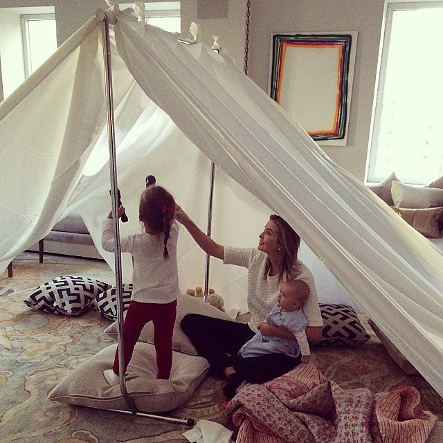 Ivanka Trump made the most of the snowy weather by creating a living room campout for Arabella and Joseph Kuschner, complete with s'mores, pizza, and flashlights. Source: Instagram user ivankatrump