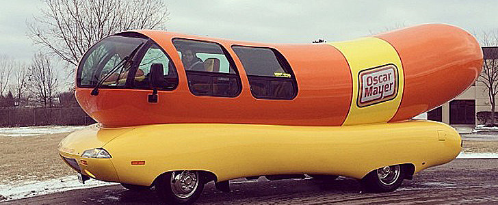 A Tweet Is All It Takes to Fulfill Your Wienermobile Dreams