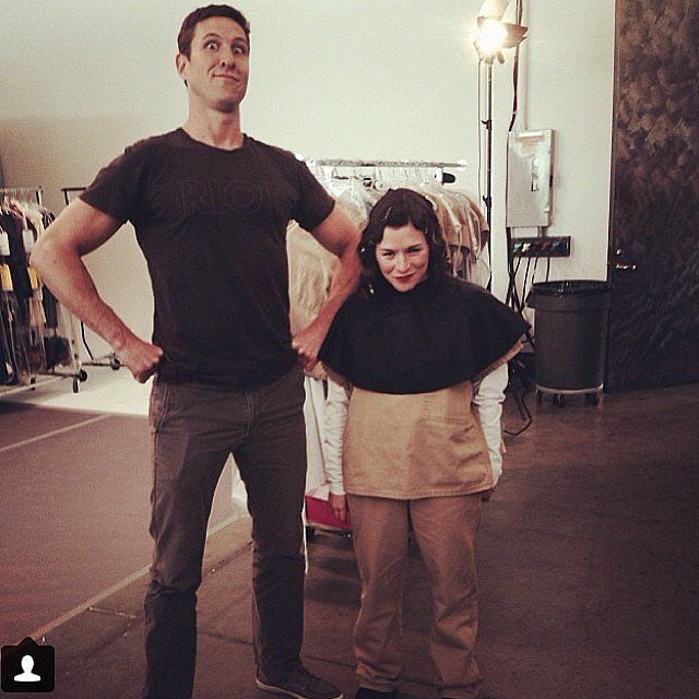 Schreiber towers over Yael Stone. Source: Instagram user oitnb