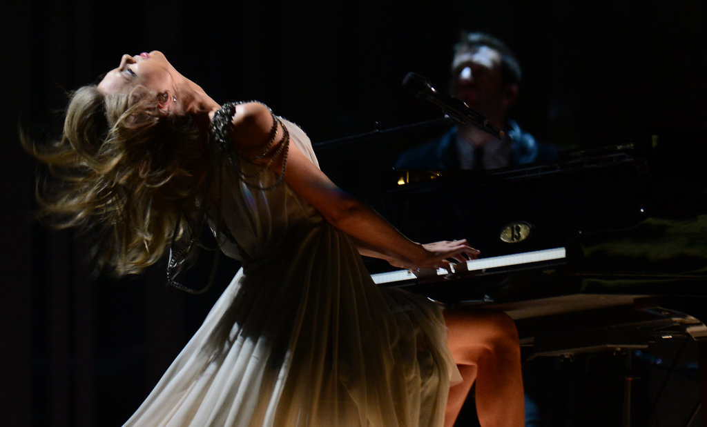Here's Taylor Swift Dancing Her Way Through the Grammys
