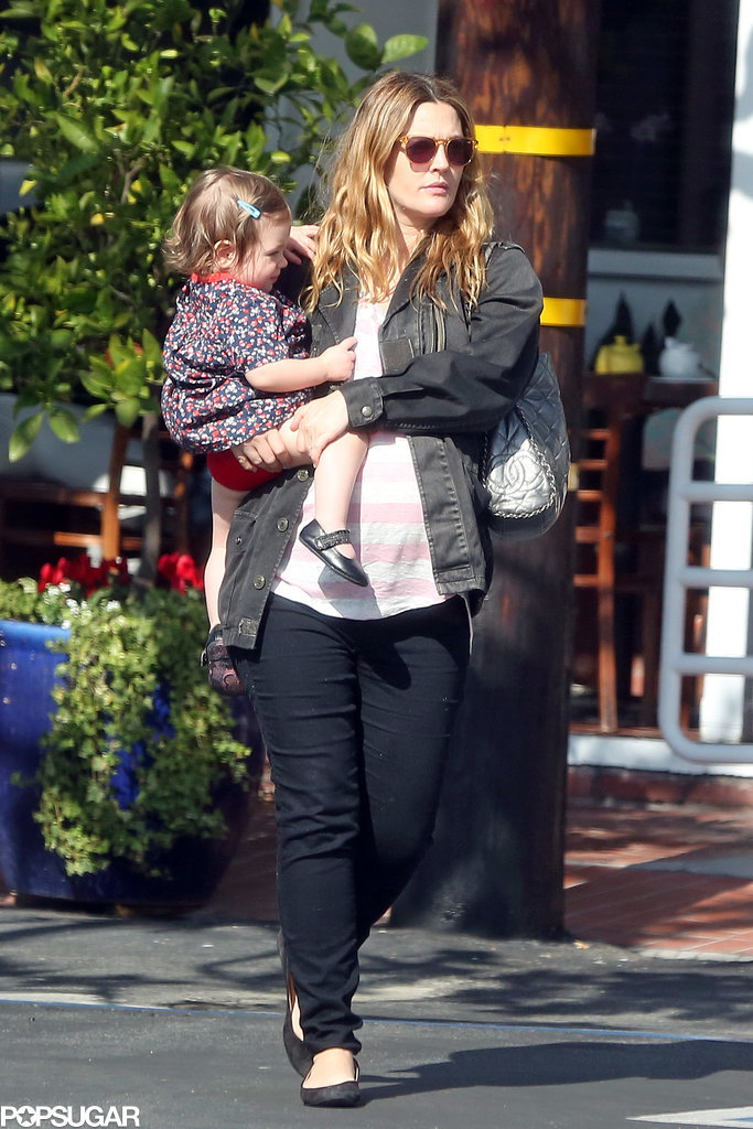 Drew Barrymore bonded with her daughter, Olive, as the pregnant actress left Fred Segal in LA on Saturday.