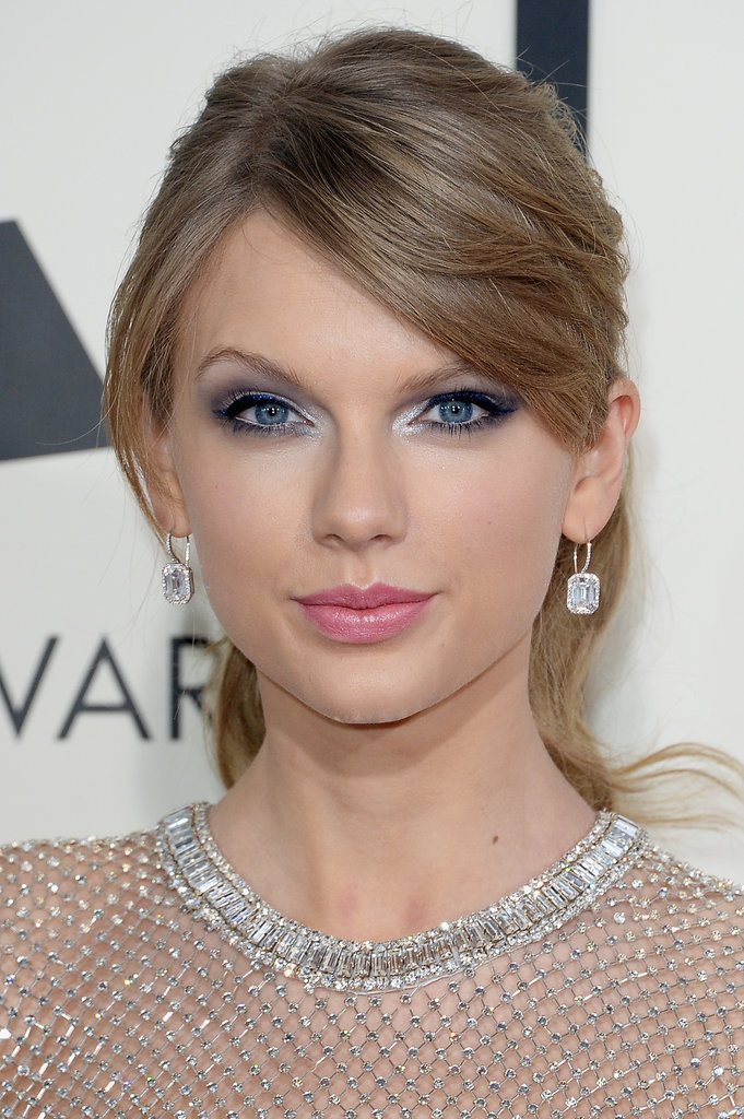 From our all-angles post of Taylor Swift's Grammys look, the most popular shot was this front view. Maybe our Pinterest fans loved the silver eye makeup best?