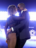 Beyoncé and Jay Z heated up the Grammys with their sexy performance.