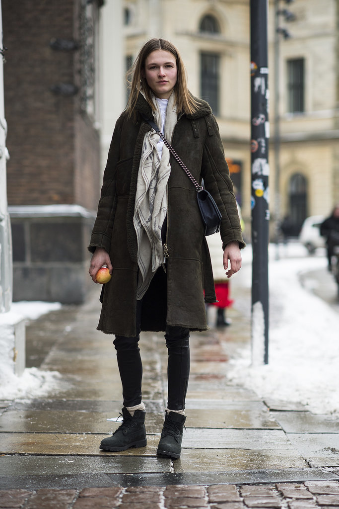 Dress up your shearling with a cross body bag. Source: Le 21ème | Adam Katz Sinding