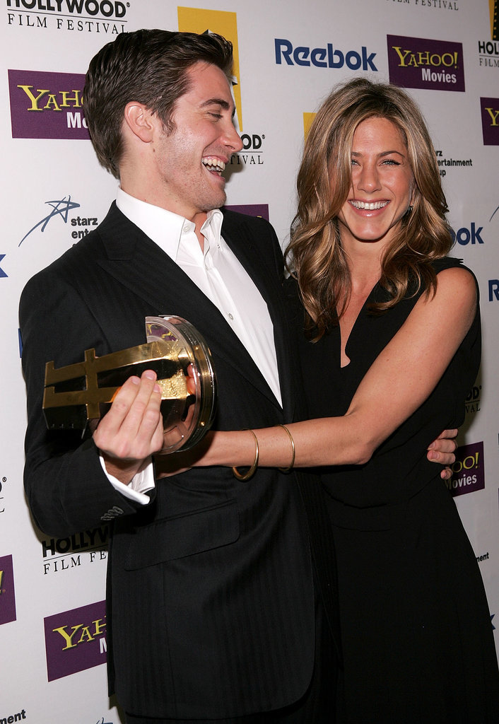 Jen reunited with her Good Girl costar Jake Gyllenhaal at the Hollywood Film Awards in October 2005.