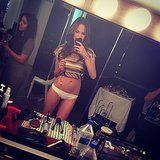 She showed off her abs with a mirror selfie before a shoot. Source: Instagram user chrissyteigen