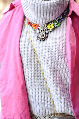 We can never resist a bright statement necklace like this.  Source: Gorunway