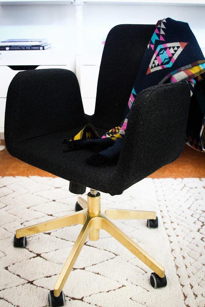 Comfortable, modern, and affordable, an Ikea chair can be the perfect addition to any home office. For a custom look, try spray-painting the base gold before assembling. All you have to do is follow this simpl