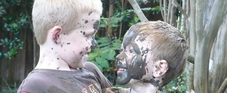 15 Unbelievable Messes Made by Kids