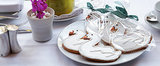 Bake Up a Bit of Romantic Hollywood With Sweet Swan Cookies