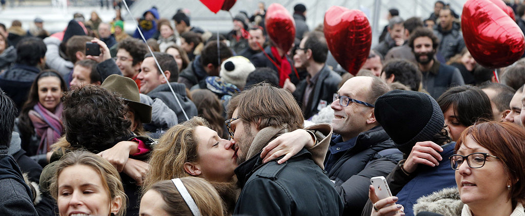 A Romantic Parisian Flash Mob Is the Perfect Way to Spend Valentine's Day