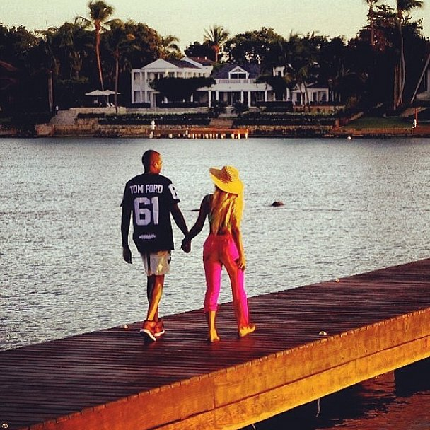 Jay Z shared a sweet photo of himself and Beyoncé for V-Day. Source: Instagram user cartershawn