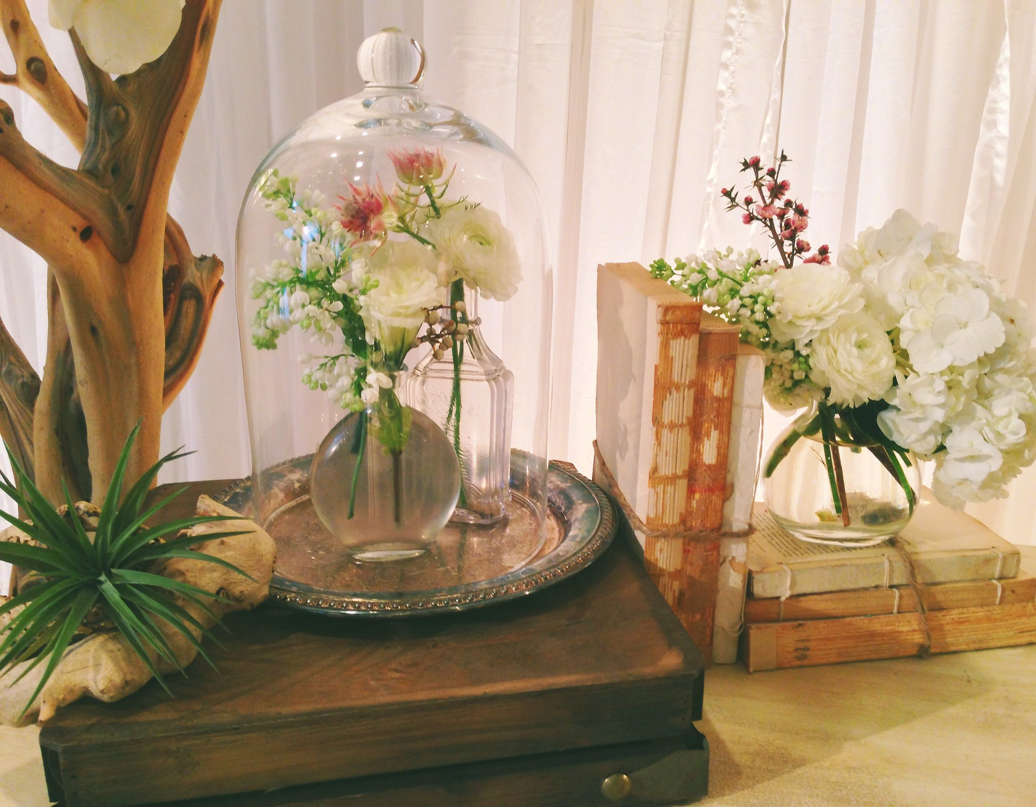 apothecary jars the freshest wedding florals and trends