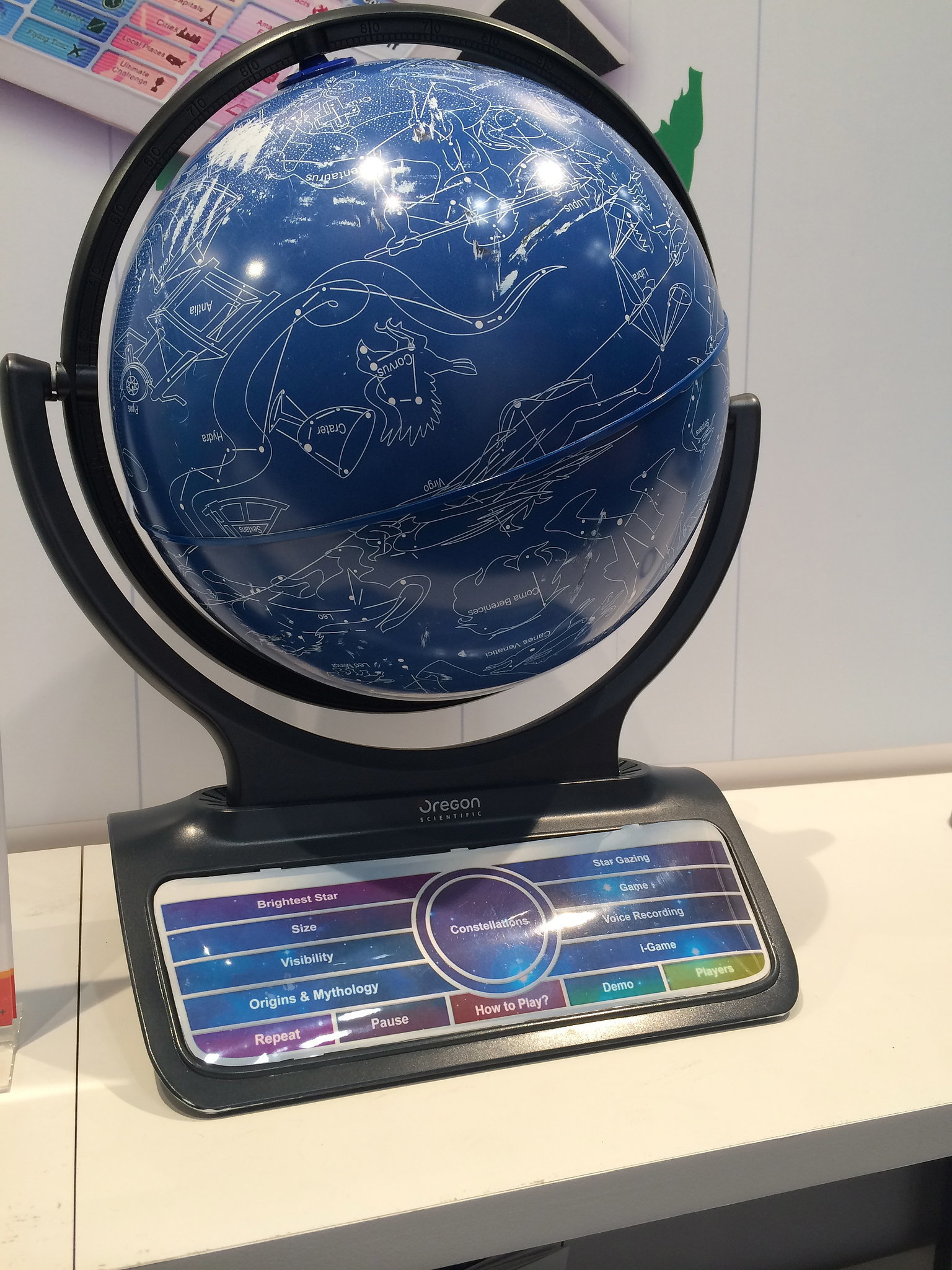 Oregon Scientific Smart Globe Infinity