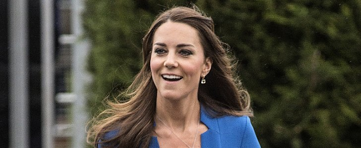 "Kate Middleton's ""Mommy"" Necklace Sells Out Online"