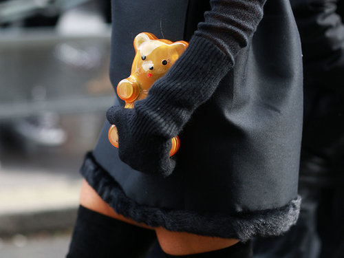 Is there a cuter accessory than a teddy bear? Source: Tim Regas