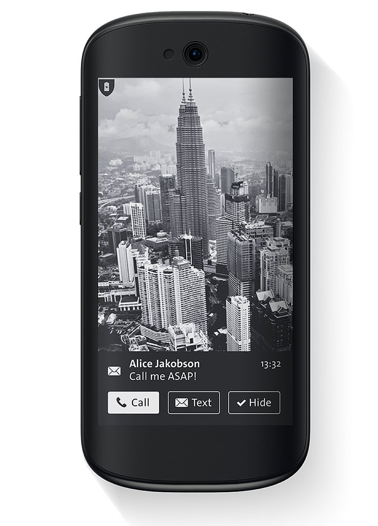 Receive notifications on the eink screen, and respond to calls, meeting invites, emails, and texts with just one touch.