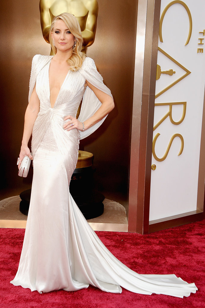 Kate Hudson's Oscars dress from the front . . .