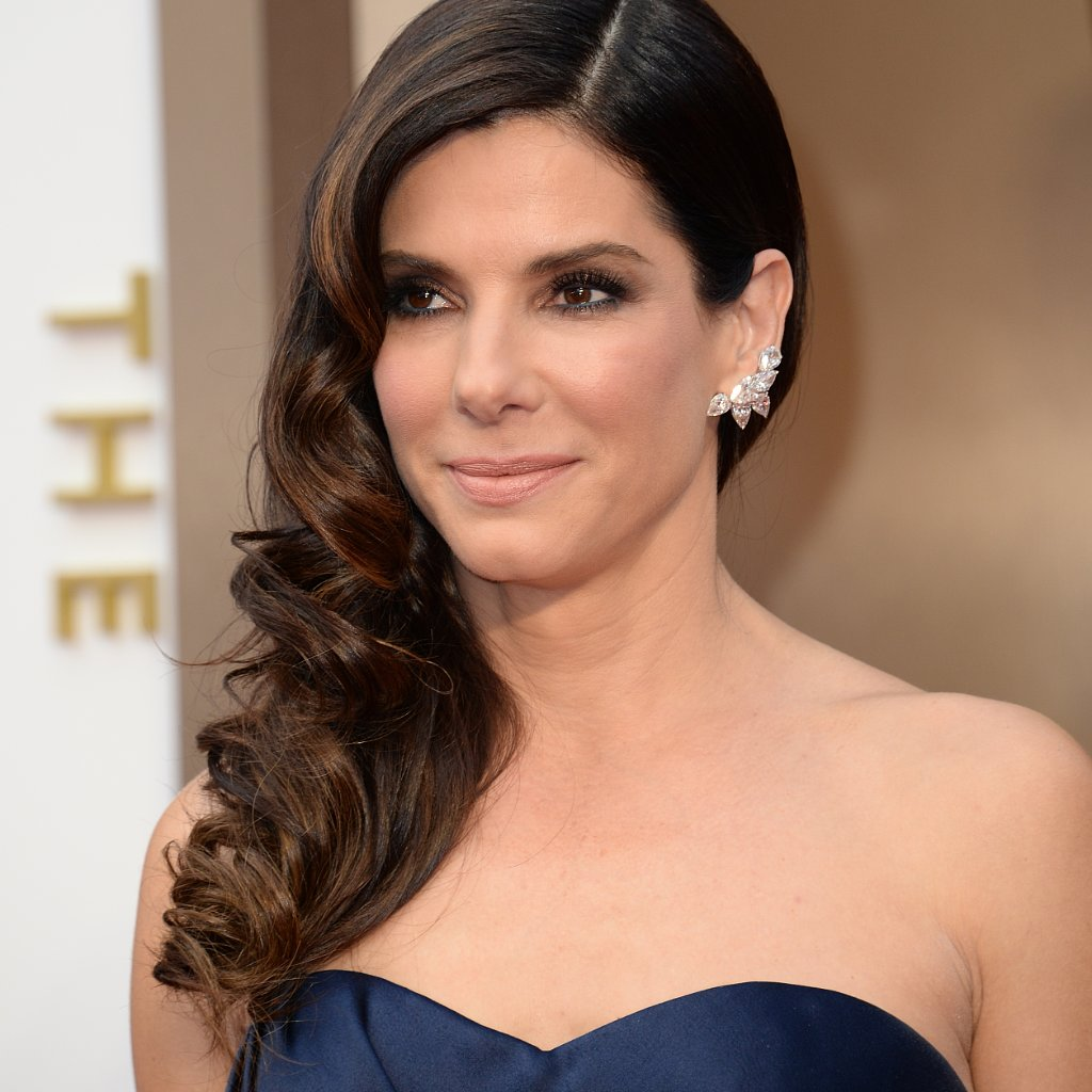 Sandra Bullock Hair and Makeup at Oscars 2014