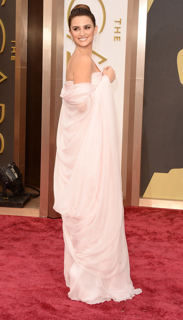 Penélope Cruz at the Academy Awards 2014
