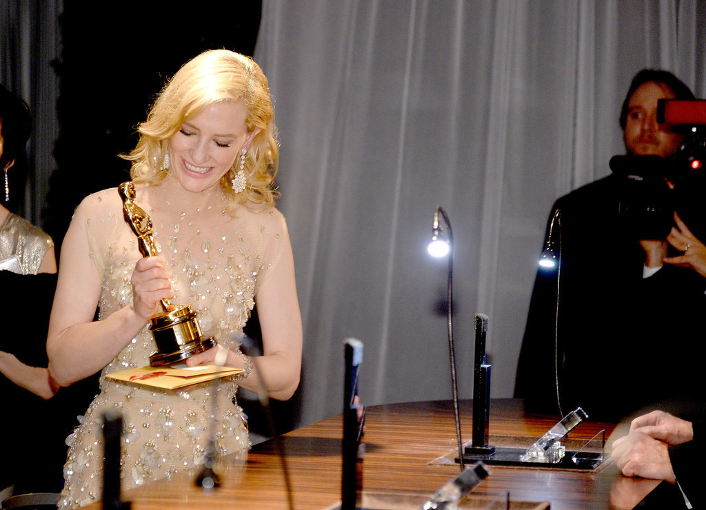 Cate Blanchett looked happy about her Oscar.