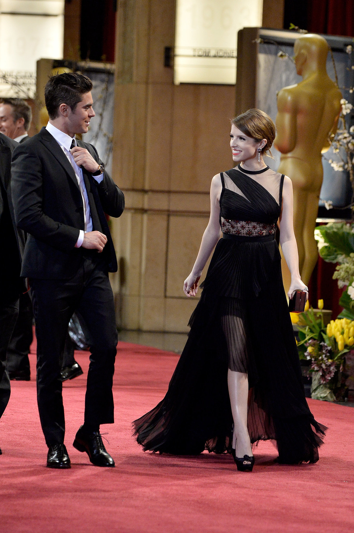 Zac Efron and Anna Kendrick shared a look as they left the show together.