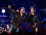 OneRepublic and Dierks Bentley on CMT Crossroads: VIDEO