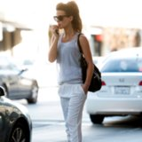 Kate Beckinsale White Sweatpants Outfit