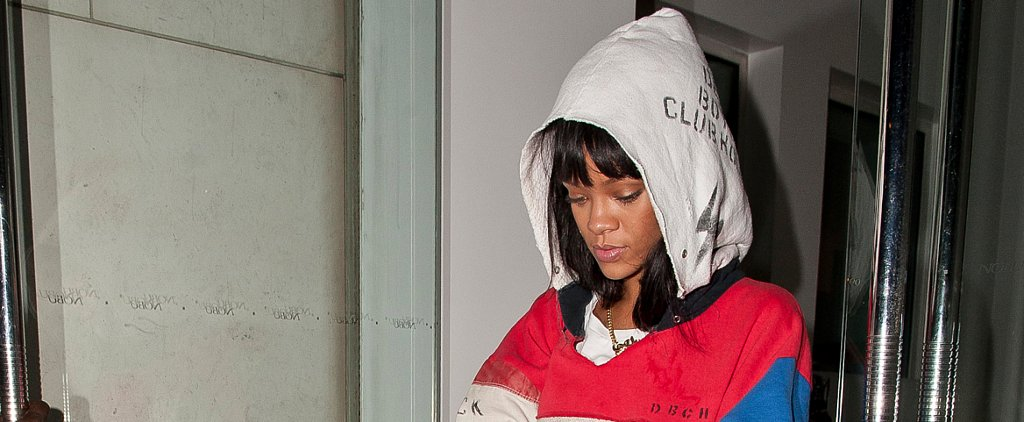 We Have a Feeling Carrie Bradshaw Would Approve of Rihanna's Necklace