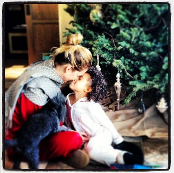 Ellen Pompeo snuggled with her daughter, Stella. Source: Instagram user ellenpompeo